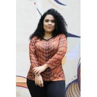 Blusa plus size feminina de malha decote V Amarras